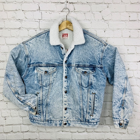 Levi's Other - Levi's Sherpa denim oversized jacket acid wash